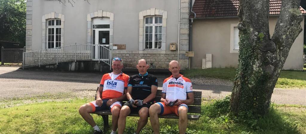Westlandse bikkels fietsen monstertocht naar Zuid-Frankrijk voor TourduALS